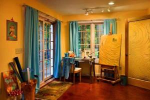 Log cabin home artist studio