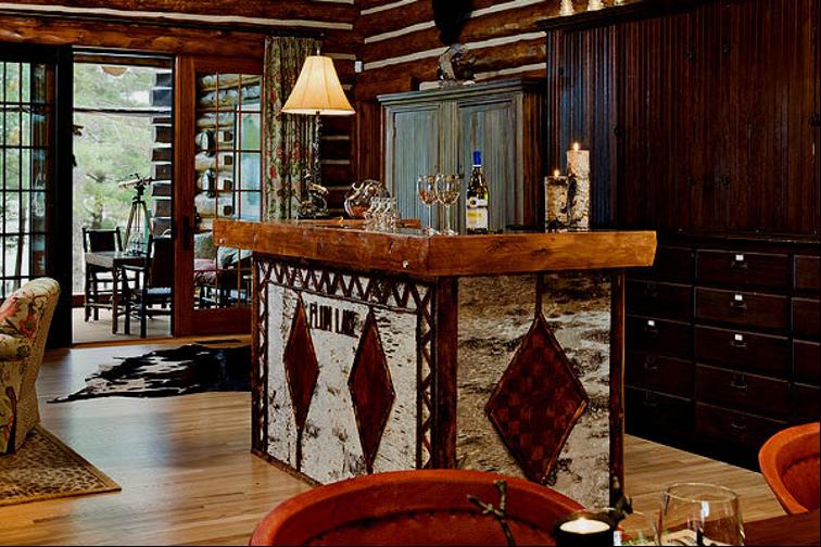 Log Home Lobby Bar