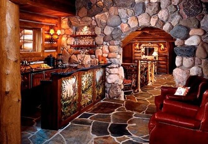 Log Home Receiving Room