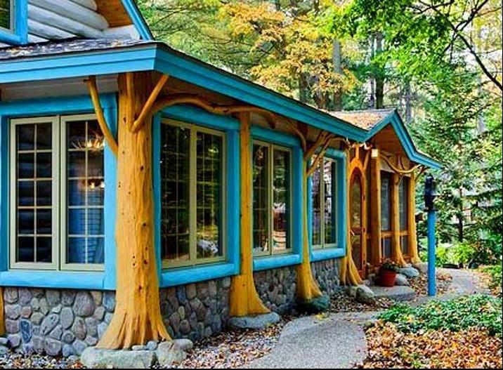 Log Home Screened Porch