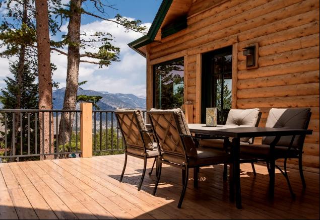 Colorado Log Home Side Porch